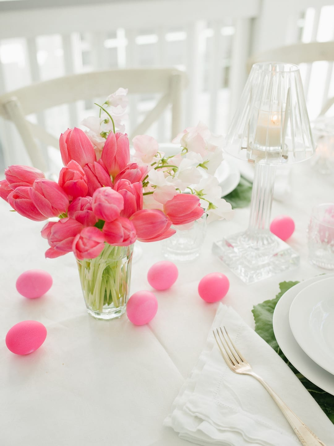 pink tulip easter table
