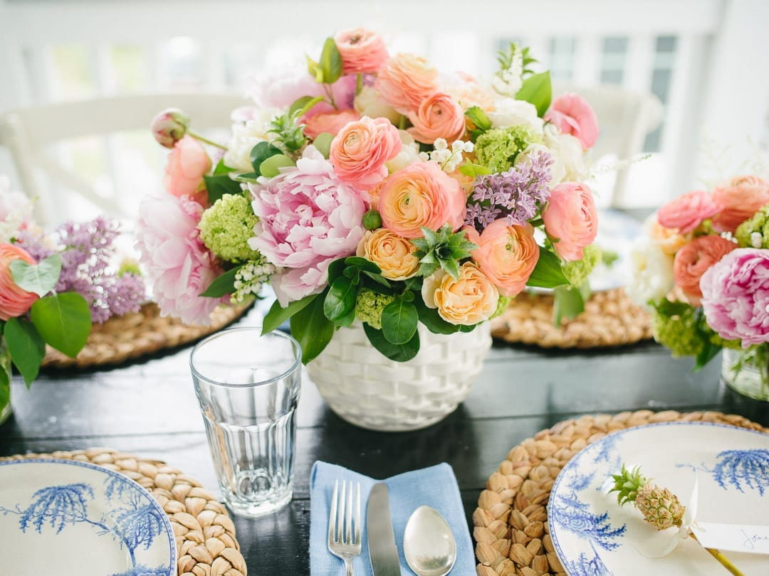 centerpiece with ranunculus