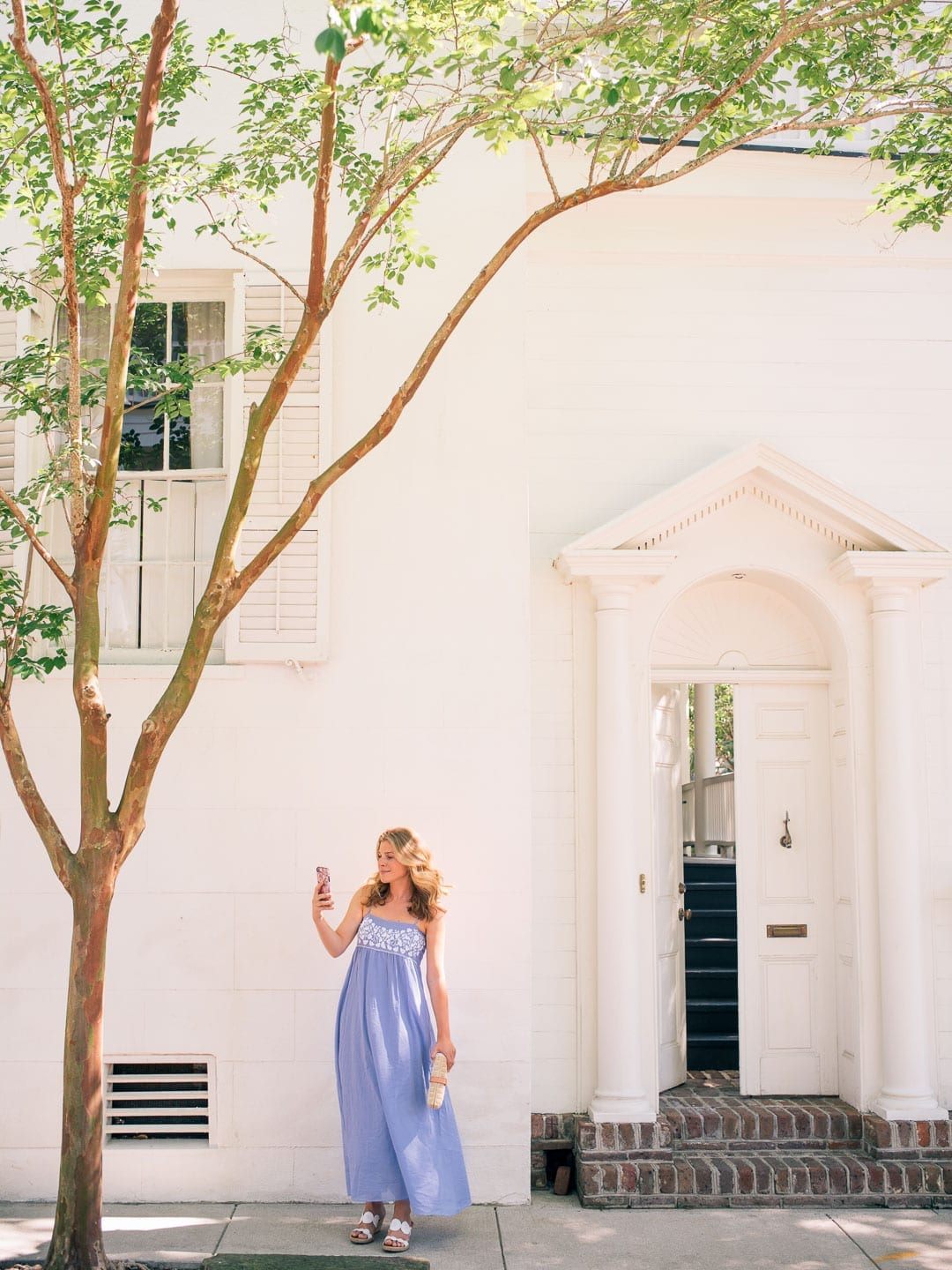 Lucy Cuneo iphone Downtown Charleston
