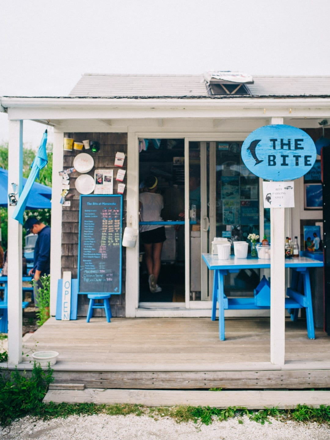 Martha's Vineyard Guide - the outside of a dive restaurant called The Bite on Martha's Vineyard