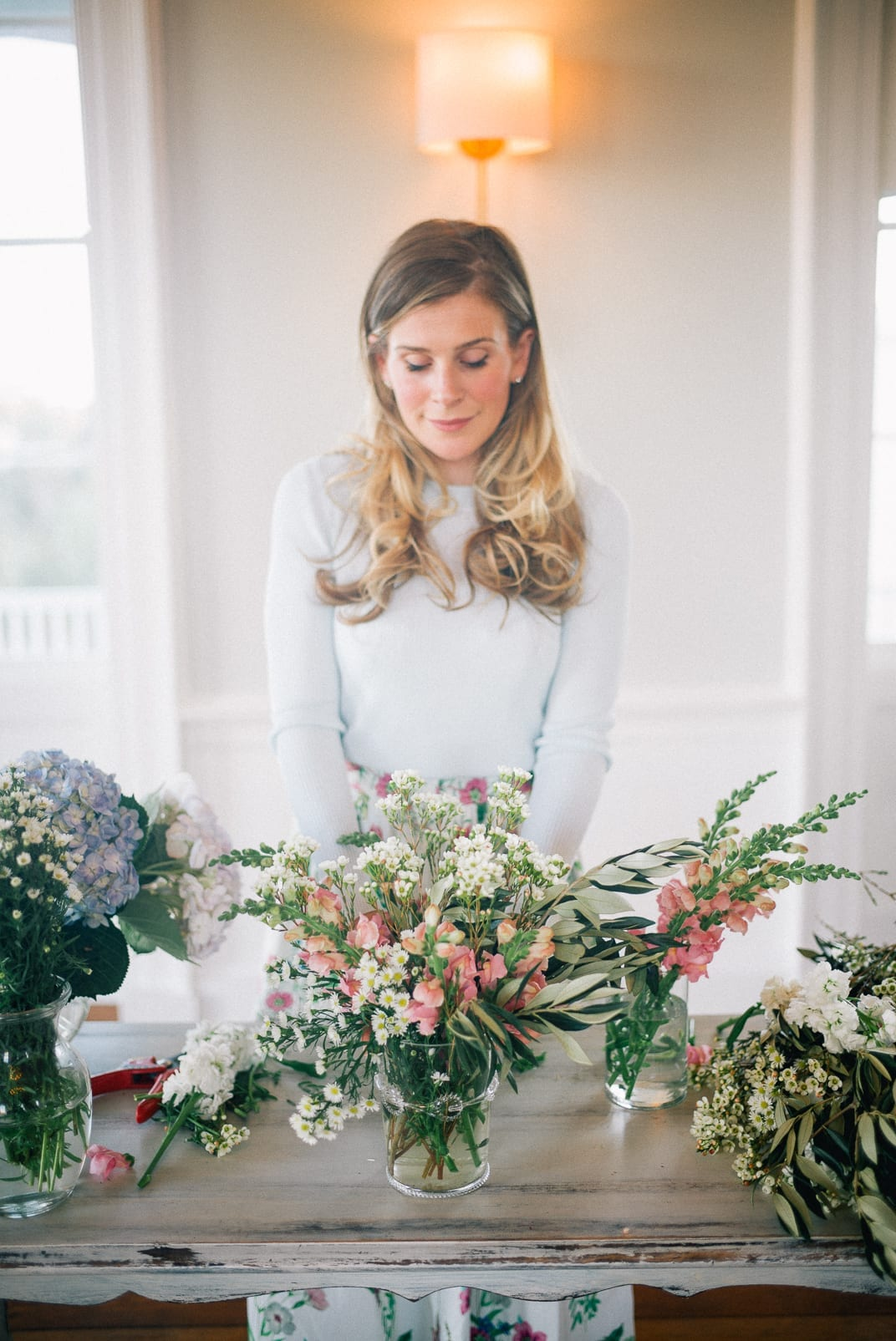 3 Little Tricks for Arranging Flowers