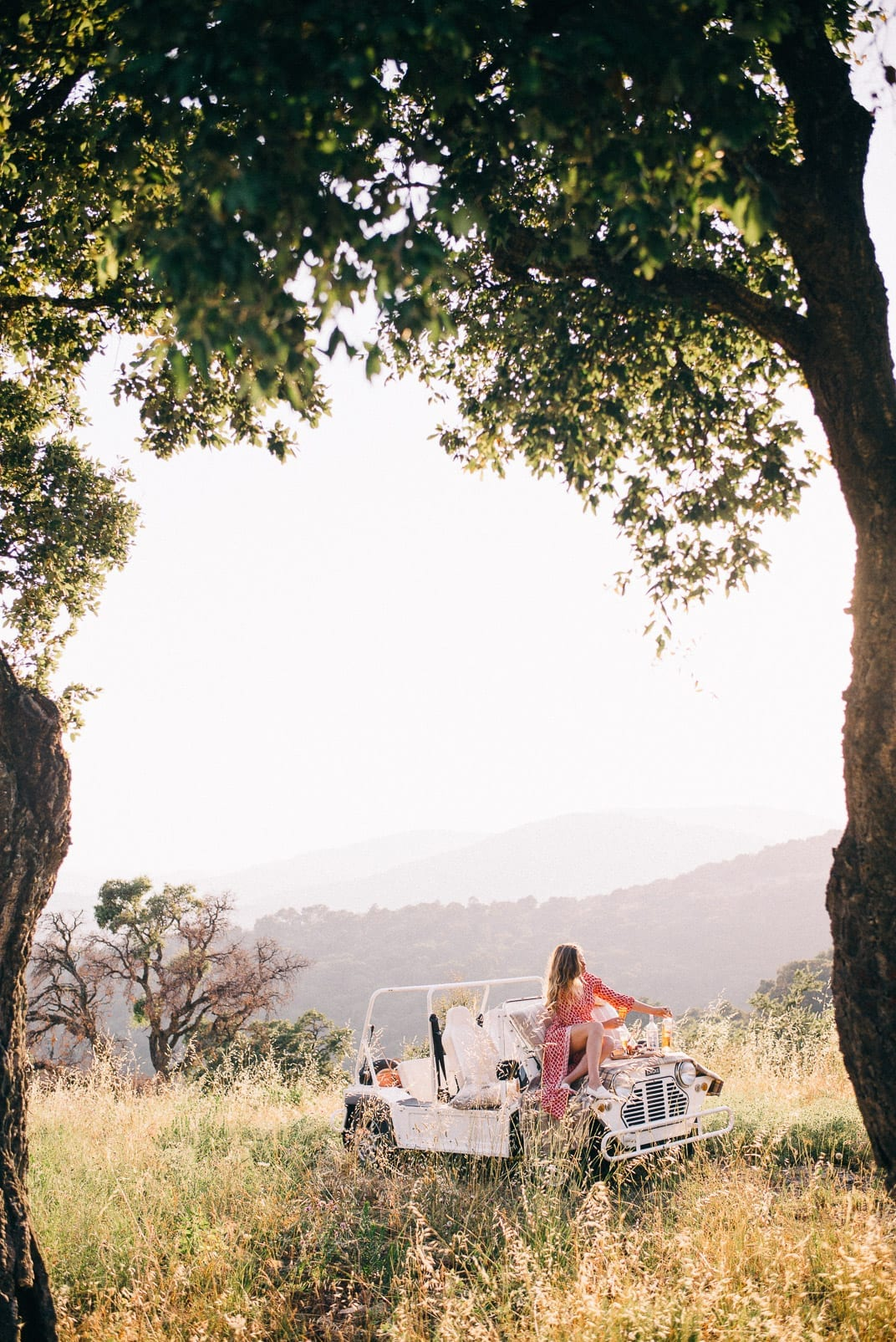The Most Romantic Things - Sunset Picnic