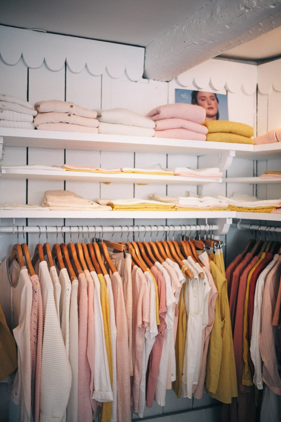 Lucy Cuneo: St Tropez guide - Cashmere Shopping!